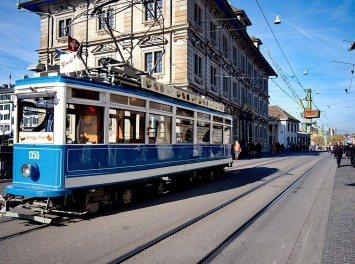 Blaue Straßenbahn, Zürich