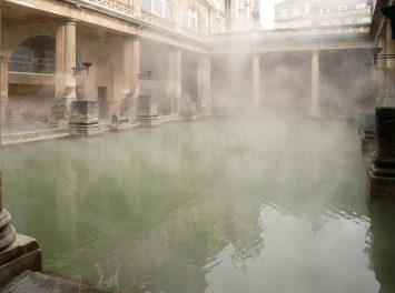 Römische Bäder, Bath