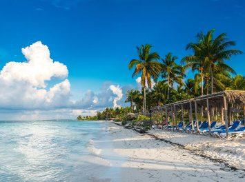 malerischer Strand, Kuba