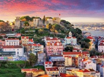 Skyline und Sao Jorge Castle, Lissabon