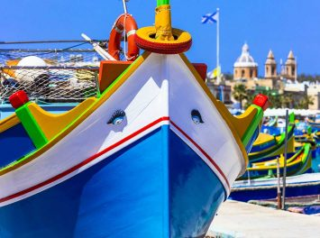Traditionelle bunte Fischerboote, Malta
